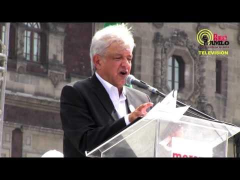AMLO en el Zócalo de la Cd. de México (27/10/2013)