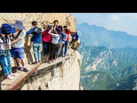 देखिये कैसे लोग अपनी मौत को न्योता देते है | 5 Most DANGEROUS Tourist Destinations