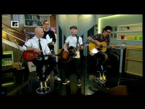 Stone Sour - Say you'll haunt me (Live @ MTV Home)