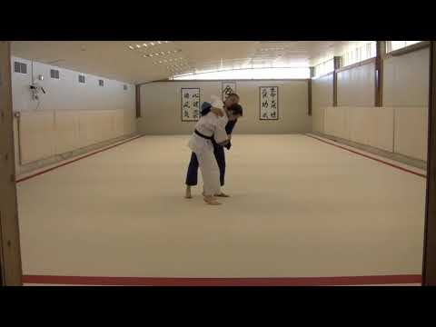 Judo Throwing - Utsuri-goshi Drill with Sode-Tsurikomi-Goshi Variation Image 1
