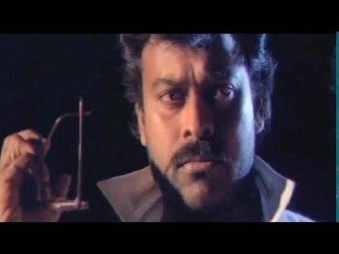Chiranjeevi fights with a policeman - Aaj Ka Goonda Raaj | Action Scene 2/15