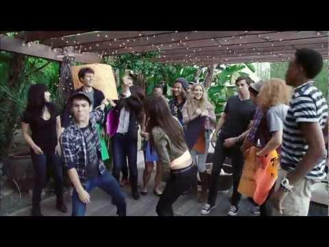 Maroon 5 Medley! - Victoria Justice&Max Schneider