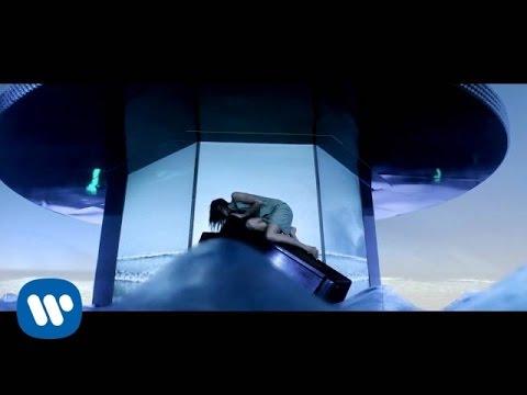 Man� - Mana - Lluvia al coraz�n (Video Oficial)