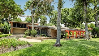 A Love Letter to Houston! The Most Spectacular Mid-Century Modern House We've Ever Laid Eyes On