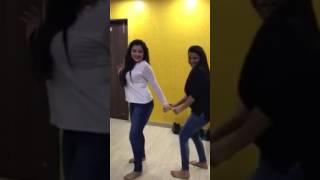 Bhojpuri actress akshara Singh nude dance