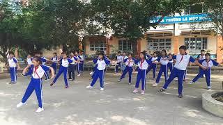 Bài thể dục phát triển chung lớp 4 longhuudong1