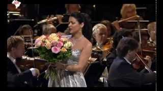 ANNA  NETREBKO - MY LIPS KISSES SO HOT - (FRANZ LEHAR) -  MEUS LÁBIOS BEIJAM COM ARDOR