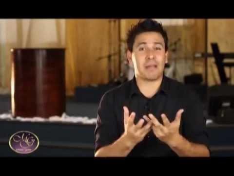 Aguas Turbias Pastor Victor Palomo