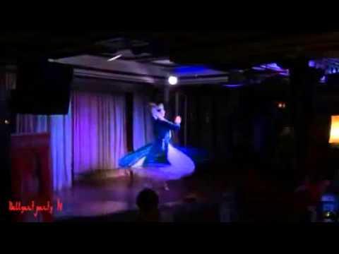 Узбекский национальный танец в исполнении Кристины Сургановой