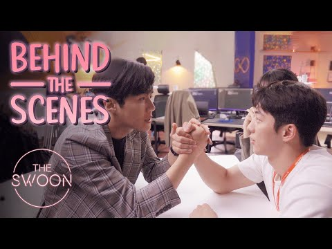 Download Lagu [Behind the Scenes] Nam Joo-hyuk and Kim Seon-ho's bromance blooms | Start-Up [ENG SUB]