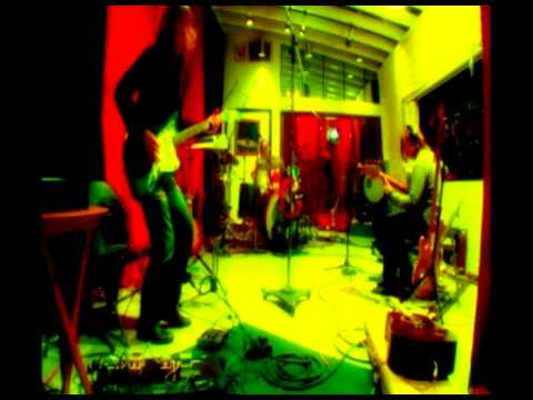 Мумий Тролль - Ядовитая звезда (Live studio @ AMBA)