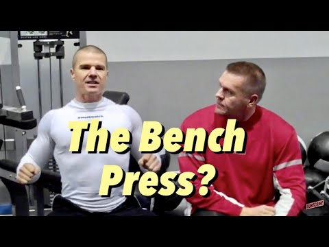 Bench Press Bodybuilding vs Powerlifting Image 1
