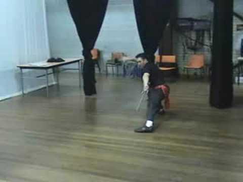 Southern Praying Mantis Kung Fu (Chow Gar): Sai Form #1 Image 1