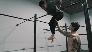 HOW TO MUSCLE UP IN 5 MINUTES WITH 3 EASY STEPS!!!   THENX