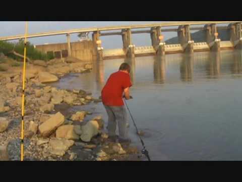 Markland Dam Flooding of Markland Dam i Caught