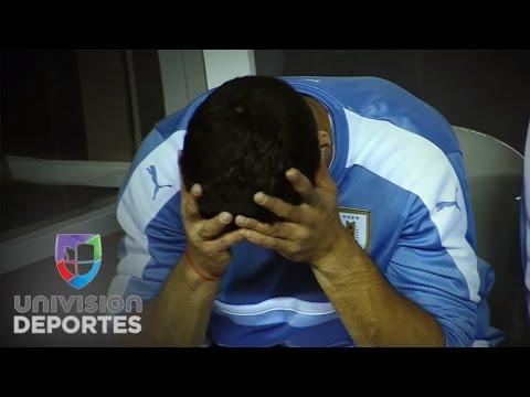 La frustración de Luis Suarez en la derrota de Uruguay ante Venezuela
