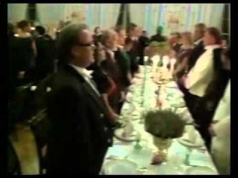 Prez Mukherjee attends dinner by Norway King