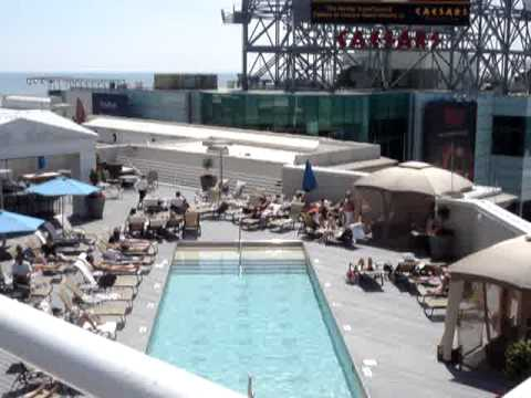 Caesar 39 s atlantic city pool area and vie youtube for Pool show in atlantic city