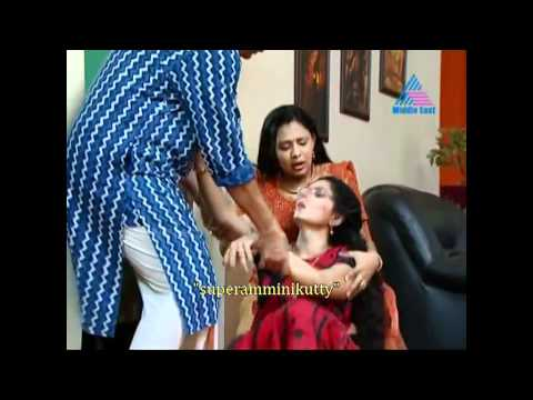 "malayalam serial actress saree slip from ""superamminikutty"""