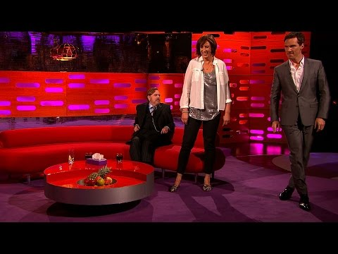 Miranda & Benedict Cumberbatch demo a pop star walk - The Graham Norton Show: Series 16 - BBC One