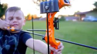 Bear Archery Brave Bow Set - Youth bow ncludes Whisker Biscuit, 1-pin sight, finger rollers...