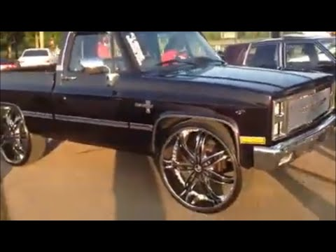KJ's short bed chevy silverado on 30's & 78chevyboi's Ls box Chevy on 28's