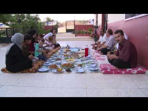 Lebanon: Syrian and Lebanese Families Share Ramadan Feast