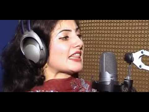NAZIA IQBAL new pashto new song 2012...