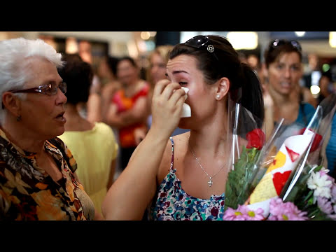 Flash Mob Marriage Proposal at SQUARE ONE