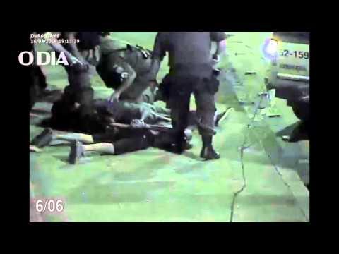 PMs são presos após extorquirem traficantes na Ilha do Governador