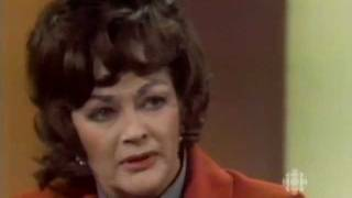 Yvonne De Carlo on feminism, equal rights & Hollywood, 1976: CBC Archives
