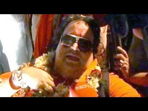 Bappi Lahiri In A New Avatar video