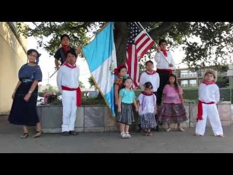 Cogua Kids en la representación de sus raíces guatemaltecas