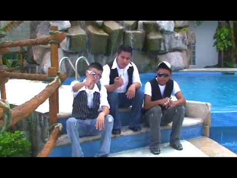 Romantic Boys  Video Shumo Del Año 2013 Chocoreaccion Ronald Mackay