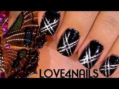 Decoracion de Uñas Color Negro Usando Cinta