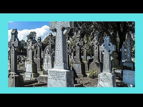 Spectacular Glasnevin cemerety (Dublin, Ireland)