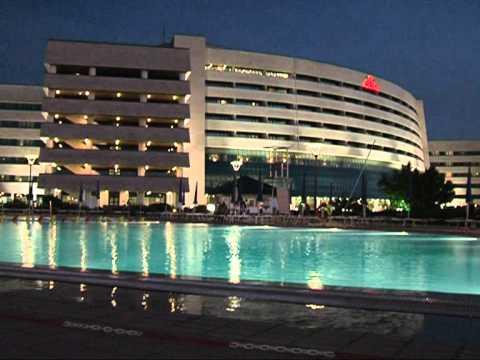 Sheraton club des pins youtube for Club piscine laval centre de liquidation