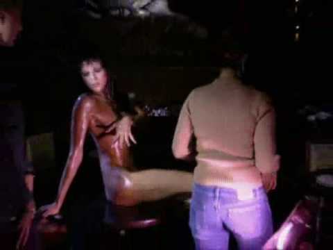 ANTM S01E07: Adrianne Curry