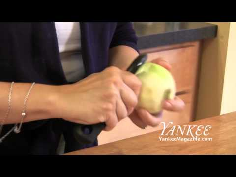 The Yankee Kitchen: How to Peel Apple