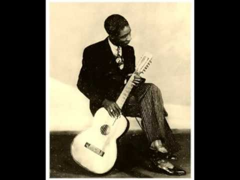 'Broken Levee Blues' LONNIE JOHNSON (1928) Guitar Hero Legend Of Blues