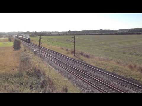 (HD) LNER A1 60163 Tornado passing Botany Bay 26/09/2015