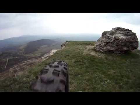 Aventuri pe bicicleta : Downhill de la Cetatea Siriei - DH