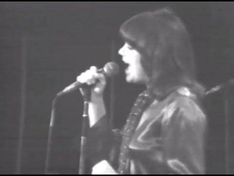 Linda Ronstadt - Full Concert - 12/06/75 - Capitol Theatre