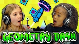 KIDS PLAY GEOMETRY DASH (Kids React: Gaming)