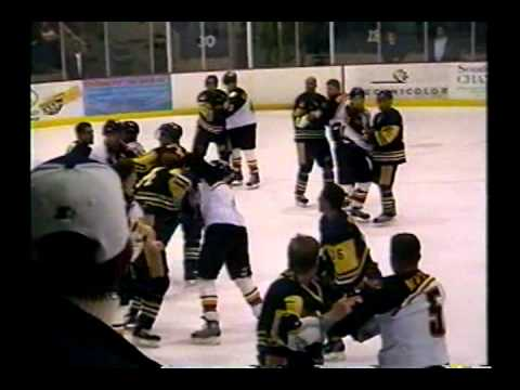 hockey fight general laval vs sorel tracy angle 2 5 nov 04