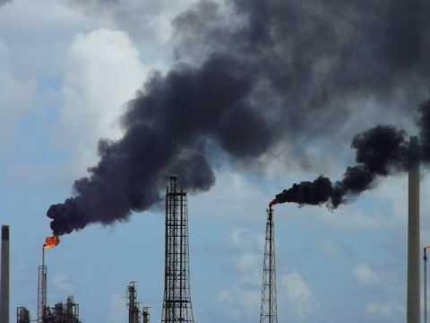 Curacao Isla refinery flares black smoke 2008 PDVSA