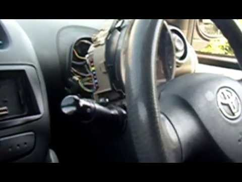 replacing an internal toyota aygo fuse youtube. Black Bedroom Furniture Sets. Home Design Ideas