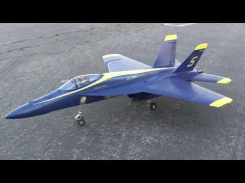 F-18 Hornet Blue Angels Jet stuck landing gear