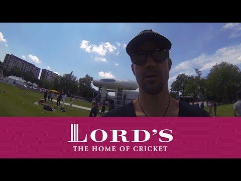 GoPro cricket - Kevin Pietersen & Muttiah Muralitharan training | Access All Areas