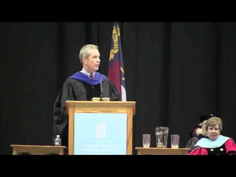 MetaMetrics® President and Co-founder Malbert Smith delivers the commencement address at UNC School of Education.